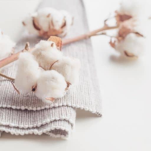 świeca o zapachu świeżego prania