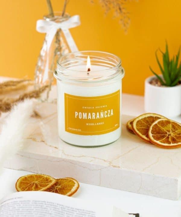 świeca pomarańczowa